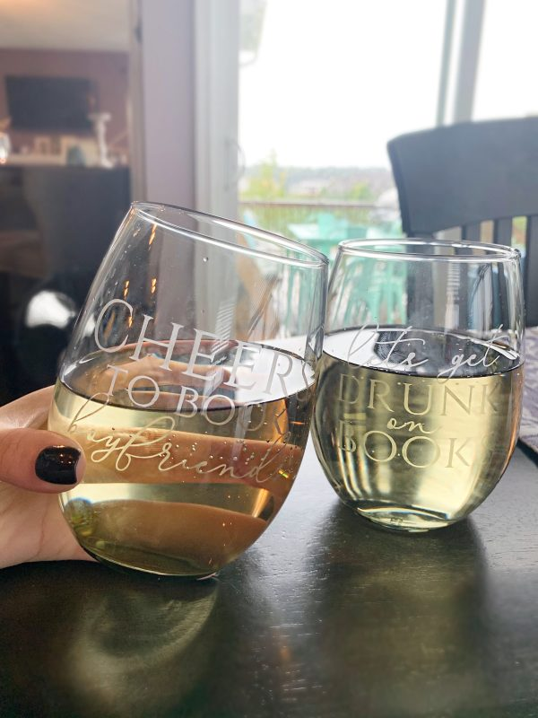 Large Etched Book Lover Wine Glasses
